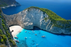 Amazing-Navagio-Beach-in-Zakynthos-Island,-Greece